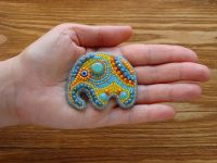 Beaded handmade jewelry: Elephant Brooch Pin