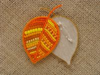 Beaded handmade jewelry: Bead embroidery leaves